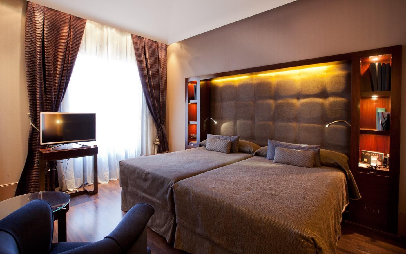 Chambres h tel casa fuster barcelone for Chambre hote barcelone